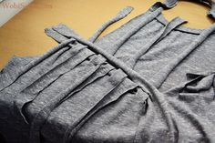WobiSobi: Weaved Back Tank, DIY Umgestaltete Shirts, Diy Cut Shirts, T Shirt Diy, Wish Clothing, Clothing Hacks, Diy Clothes Refashion, Shirt Refashion, T Shirt Weaving, Shirt Alterations
