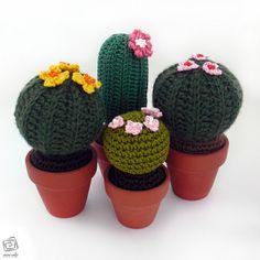 cactus amigurumi con vaso di cotto | Flickr: Intercambio de fotos