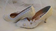 Sapatos para  noivas  e festas customizados por Anne Fatah. Personalize o seu!  WhatsApp (85) 98843.8800.