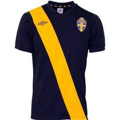 Sweden / 12-14 Away Shirt / Umbro