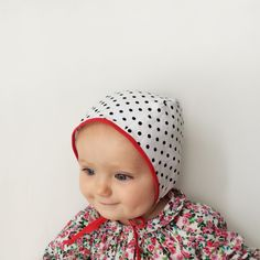 sweetest baby bonnets from petite soul-2 NY mamas hand make these lovelies! Classic Bonnet in Pin Up Dot