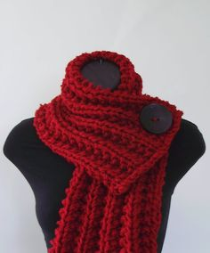 I love this so beautiful and simple. #crochet #scarf #red// I need to know how to go ahead and crotchet!