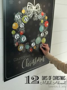 12 days of christmas countdown advent calendar with free printable to make it!