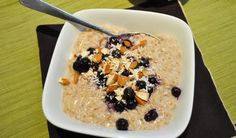 Hot or Cold: Banana Coconut Oatmeal & Blueberries :: YummyMummyClub.ca