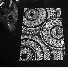 Mandalas Drawing, Zentangle Drawings, Zentangle Patterns, Art Drawings, Zentangles, Zantangle Art, Zen Art, Mandala Doodle, Mandala Artwork