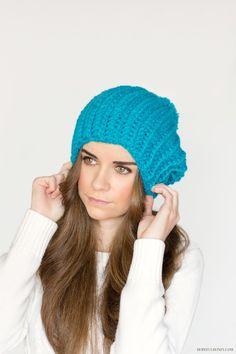 French Pompom Beret - Free Crochet Pattern