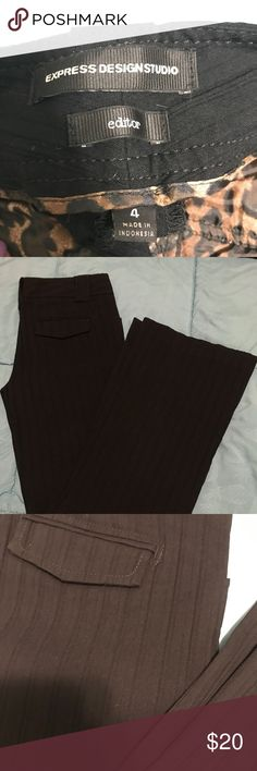 Express editor slacks Sz 4 Express editor slacks Sz 4. Rich black with monochrome pinstripes. Extremely comfortable with stretch. Perfect boot/flare opening. Excellent condition. Express Pants Trousers