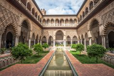 Game of Thrones themed tour of Spain's Moorish architecture on offer Places To Travel, Places To Visit, Travel Destinations, Vacation Places, Alcazar Seville, Game Of Thrones Locations, Gaudi, Algarve, Spain Travel