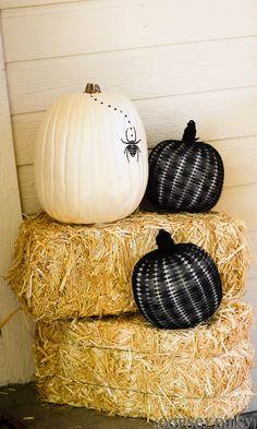 Black and White Pumpkins {2 tutorials}