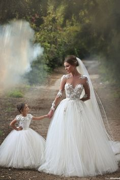 Flower Girls Dresses Kids Lace First Communion Gowns White Mother And Daughter…