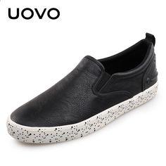 Pánské boty Slip-on Design Nové příjezdové letní a podzimní použití UOVO  2018 Black Skateboarding Shoes Pánské gumové tenisky Eur   40-45 93169b9fc8