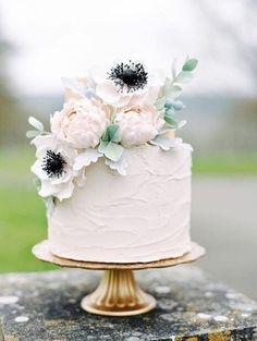 46 Simple Wedding Cake Ideas for Your Wedding Cakes Fake Wedding Cakes, Floral Wedding Cakes, Elegant Wedding Cakes, Wedding Cake Designs, Rustic Wedding, Cake Wedding, Floral Cake, Elegant Cakes, Trendy Wedding