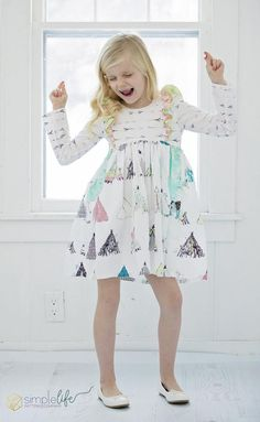 PDF sewing pattern for toddler girl sizes - Kids Clothes Patterns, Sewing Patterns Girls, Clothing Patterns, Kids Clothing, Back To School Fashion, Kids Frocks, Cute Outfits For Kids, Little Girl Fashion, Toddler Girl