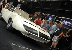 From CarBuyingTips.com This sold for $125,000 + 10% buyer's premium last month at #barrettjackson . Have yourself a gander at this 1970 Plymouth Superbird. This #MOPAR has high-mounted rear wing and, a wild protruding nosecone, and a horn which mimicked the Road Runner cartoon character. Only about 2,000 of these were made, which is why it sold for so much. This has 440 Six-Pack 390hp engine, one of the first wind tunnel tested cars.  #plymouth #mopar #musclecar #superbird #plymouthsuperbird Plymouth Superbird, Wind Tunnel, Barrett Jackson Auction, Six Packs, Road Runner, Mopar, Palm Beach, Cartoon Characters, Horn