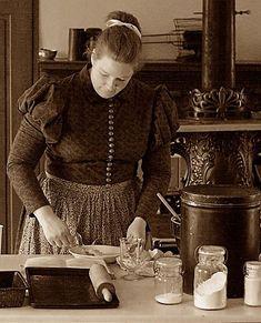 old kitchens, the former interior, blog story, blog historical, moral blog