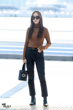 Image about kpop in My Jung SooYeon by TaeYeon Kim Snsd Airport Fashion, Snsd Fashion, Asian Fashion, Girl Fashion, Fashion Outfits, Fashion Trends, Korean Airport Fashion Women, Fashion Tips, Krystal Jung Fashion