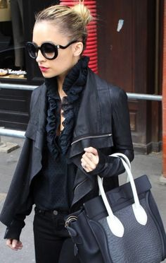 Nicole Richie | Street Style.  Her sunglasses are AMAZING.