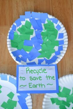 Mamas Like Me: Mosaic Earth Day Project Kids Crafts, Recycled Crafts Kids, Daycare Crafts, Classroom Crafts, Toddler Crafts, Recycled Art, Recycled Magazines, Earth Craft, Earth Day Crafts