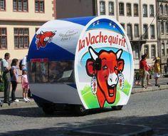 LA VACHE QUI RIT SUR LE TOUR DE FRANCE 2006 - Le Tour de France miniature et sa caravane