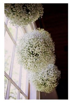 hangingbabysbreath Wouldn't these be great hung from the balcony cover?