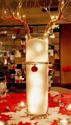 25 Fabulous Christmas Table Decorations on Pinterest | Christmas Celebrations