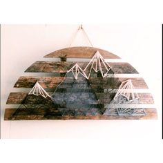 Mountain scene string art - DIY and Crafts Diy Arts And Crafts, Cute Crafts, Wood Crafts, Drawn Art, Ideas Hogar, Crafty Craft, Crafting, Craft Night, Home And Deco