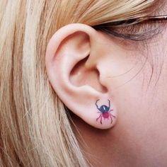 Spider earing tattoo by Zihee