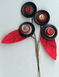 Cutesy button flowers by Margaret Field!