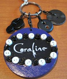 Google Image Result for http://www.craftster.org/pictures/data/500/medium/202425_26Feb11_coraline_3.JPG