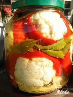 Pickling Cucumbers, Hungarian Recipes, Fermented Foods, Kimchi, No Bake Cake, Preserves, Pickles, Cauliflower, Food And Drink