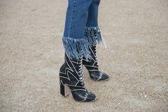 Pin for Later: Oh là là: Die besten Schuhe & Taschen der Paris Fashion Week  Schuhe von Miu Miu.