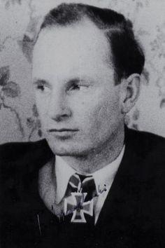 Korvettenkapitän Felix Zymalkowski (1913-2004), Chef 8. Schnellbootflottille, Ritterkreuz 10.04.1945