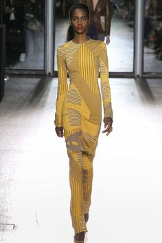 look 23 - Acne Studios Fall 2015 Ready-to-Wear Collection Photos - Vogue