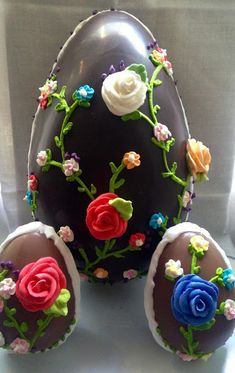 Giant Easter Eggs, Desserts, Food, Cakes, Happy, Whole Wheat Flour, Happy Easter, Deserts, Recipes