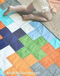 free plus quilt pattern & tutorial | Little Birdie Secrets