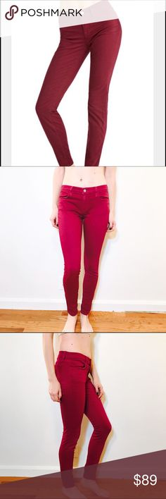 """J BRAND SUPER SKINNY MAGENTA LOGBE WASH JEANS #928 J BRAND, Size 28, Purple skinny jean.  CONDITION: EUC No issues.  CHEST:  WAIST: 28"""" LENGTH: 37.5"""" INSEAM: 30"""" *All measurements taken while item is laid flat (doubled when necessary) and measured across the front  MODEL: 5'8""""  MATERIAL: Cotton Elastane  STRETCH: Some INSTAGRAM @ORNAMENTALSTONE 🚫Trading J Brand Jeans Skinny"""