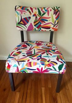 Beautiful metal chair. Upholstered with Otomi multicolour fabric. Seat 43 cm high, 55 cm deep and 58 cm wide. Embroidered by hand, from