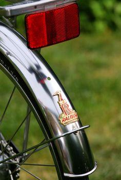 Raleigh Twenty rear fender Raleigh Bicycle, Golf Clubs, Badge, Chrome, Vintage, Badges