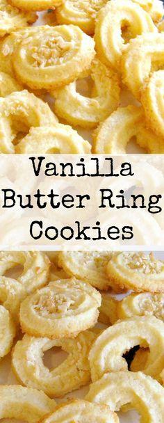 【餌】Vanilla Butter Ring Cookies. These little cookies have a wonderful vanilla flavor and melt in your mouth. Spritz Cookies, Yummy Cookies, Brownie Cookies, Vanilla Cookies, Easy Butter Cookies, Cinnamon Cookies, Star Cookies, Pumpkin Cookies, Chocolate Cookies