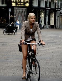 Classic Copenhagen | Cycling in Copenhagen is a mixture of e… | Flickr