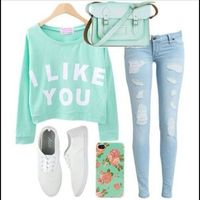 Teen fashion cute green mint green sweater vans Iphone case I love this outfit Date Outfits, Outfits For Teens, Spring Outfits, Winter Outfits, Casual Outfits, Cute Clothes For Teens, Dress Winter, Girl Outfits, Dress Outfits