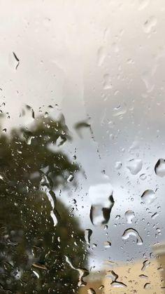 Rain Photography, Aesthetic Photography Nature, Nature Aesthetic, Look Wallpaper, Scenery Wallpaper, Nature Wallpaper, Beautiful Scenery Pictures, Beautiful Photos Of Nature, Rain On Window