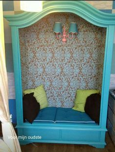 Deze leeskast is een mooie manier om je leeshoek in te richten. #leesplezier Repurposed Furniture, Kids Furniture, Little Girl Rooms, Kid Spaces, Cabana, Girls Bedroom, My Dream Home, Diy For Kids, Interior Inspiration