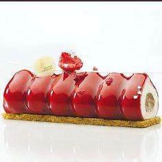 Dessert made of silicone mould: SILIKOMART PROFESSIONAL MODULAR FLEX TRILOGY