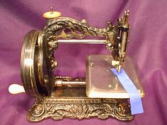 Princess of Wales MKIII Antique Sewing Machines, Princess Of Wales, Printable Paper, Hand Embroidery, Paper Crafts, Awesome, Woodworking Tools, Sew, Tissue Paper Crafts