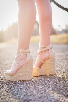 5d90ea7c2529 2840 Awesome Wedges images in 2019