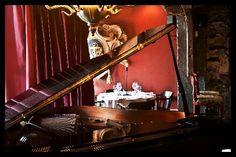 The Press Gang, Halifax, Nova Scotia. East Coast Canada, Oyster Bar, Grand Piano, Best Places To Eat, Food Service, Restaurant Recipes, Nova Scotia, Oysters, A Table