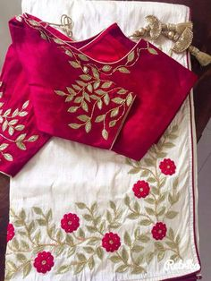 New embroidery patterns wedding dress ideas Simple Blouse Designs, Saree Blouse Neck Designs, Stylish Blouse Design, Bridal Blouse Designs, Embroidery Neck Designs, Embroidery Patterns, Embroidery Suits, Embroidery Saree, Simple Embroidery