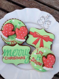 Christmas cookies by Bambella Christmas Biscuits, Christmas Sugar Cookies, Christmas Sweets, Noel Christmas, Christmas Goodies, Holiday Cookies, Christmas Baking, Simple Christmas, Fancy Cookies
