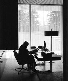 Ludwig Erhard, 1964, Kanzlerbungalow, Bonn, Germany (architect: sep ruf, built 1964).